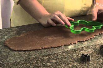 Aprenda a preparar o gingerbread man, o clássico biscoito natalino