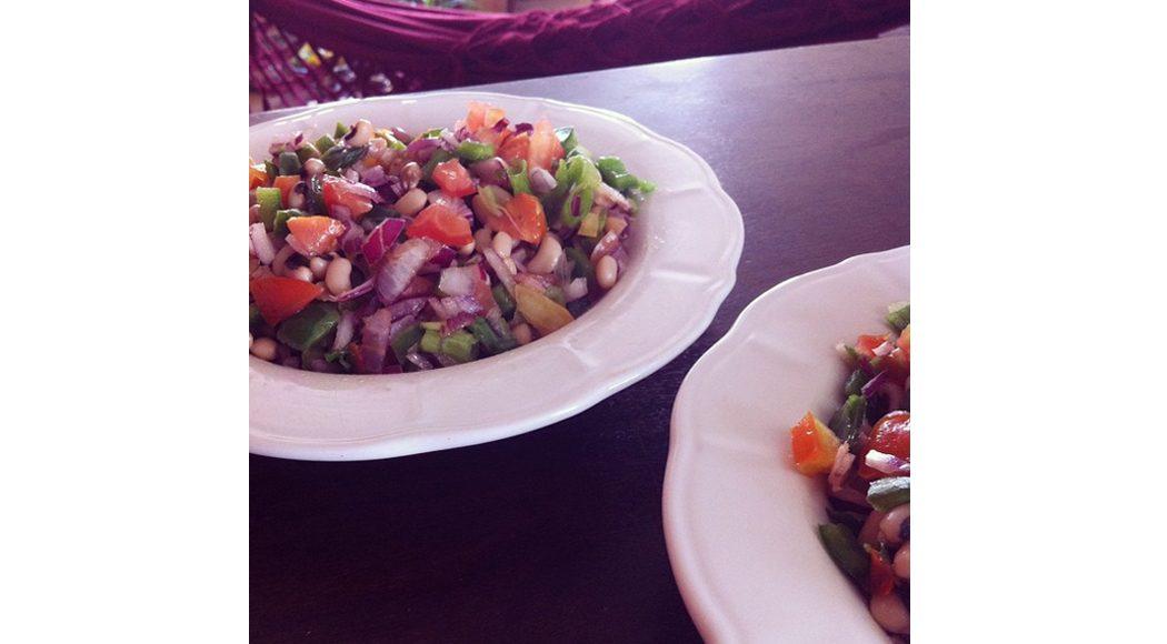 A incrível salada de feijão-fradinho: uma das vencedoras do concurso #suareceitanamenu