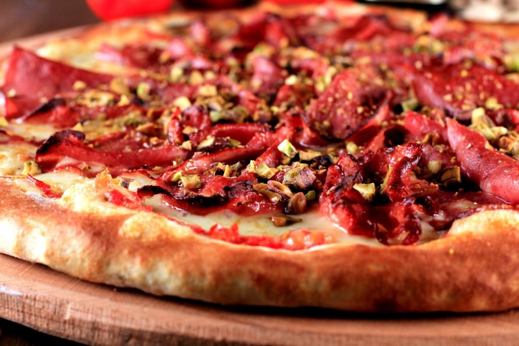 A mortadela foi parar na pizza da 1900 (foto: divulgação)