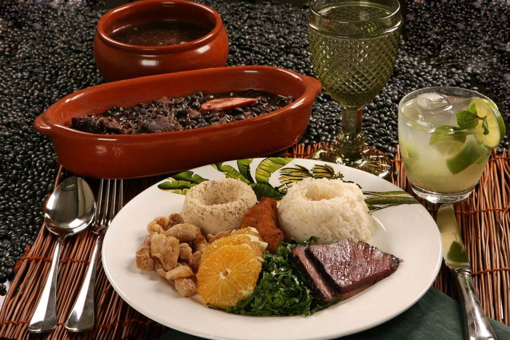 Alguns itens do buffet do Armazem Devassa (foto: divulgação/ Berg Silva)