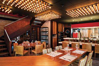 O salão do restaurante de Felipe Bronze (fotos: Tomas Rangel)