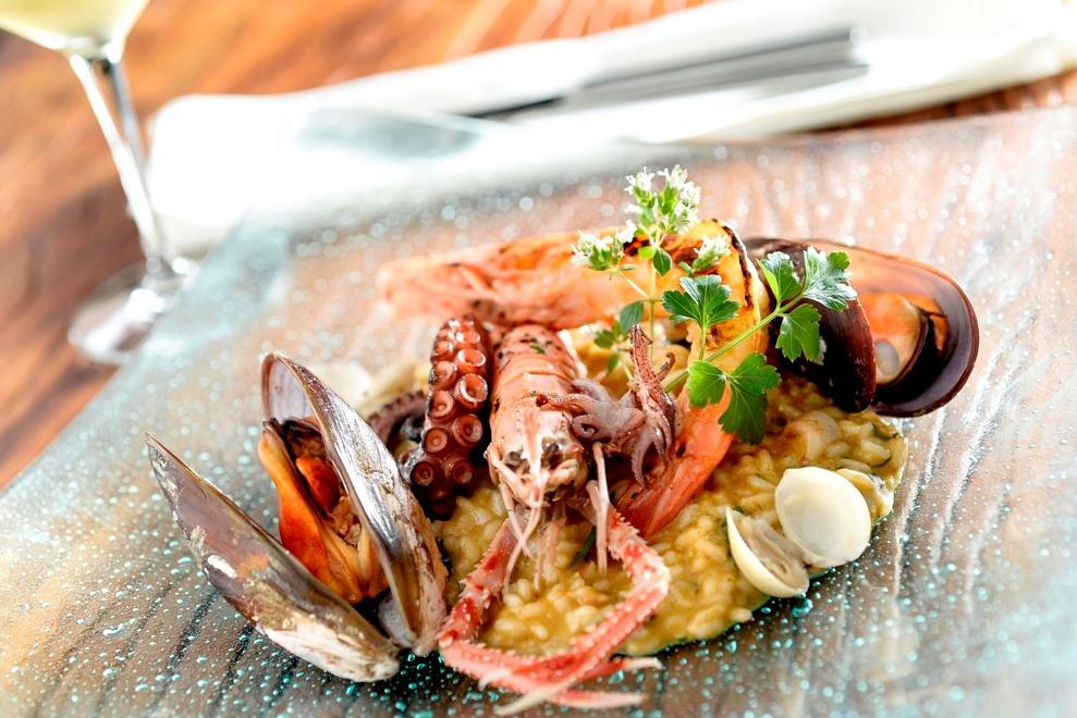 Risoto carnaroli com frutos do mar é uma das opções do menu executivo (foto: divulgação/ Tadeu Brunelli)