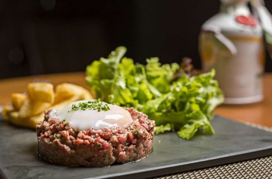 Carne cruda é boa pedida para os dias de calor intenso