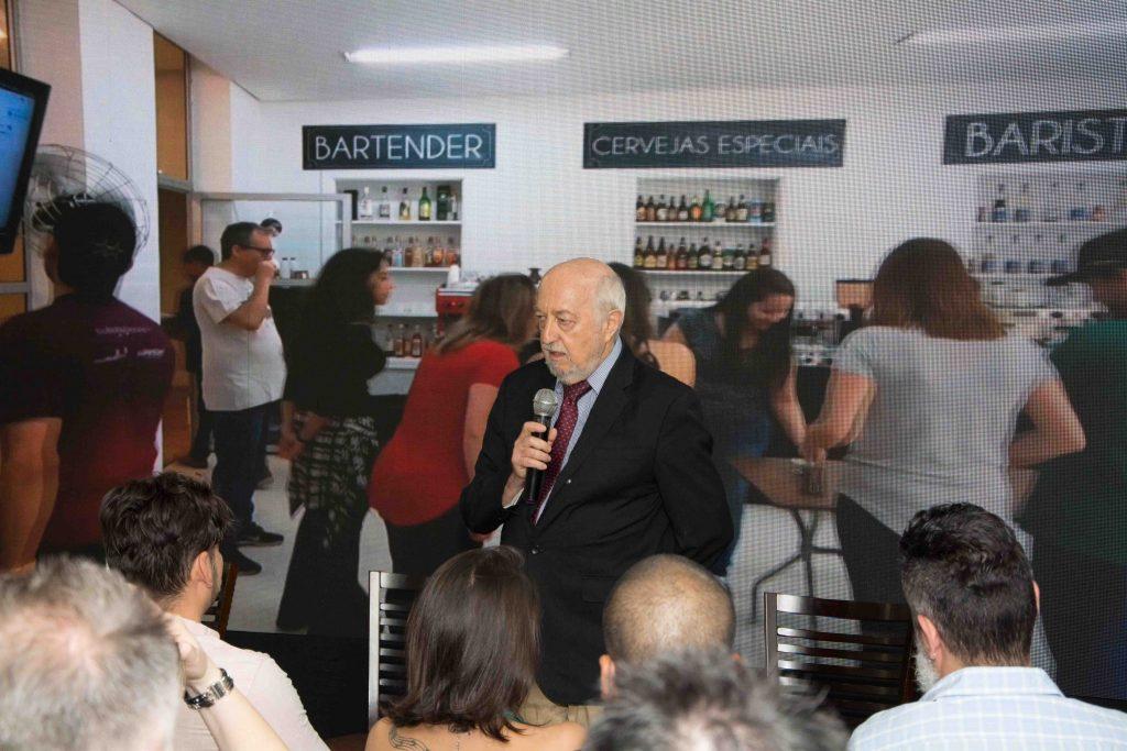 Em sua primeira edição, Cachaça Show Brasil aborda o universo do destilado no país