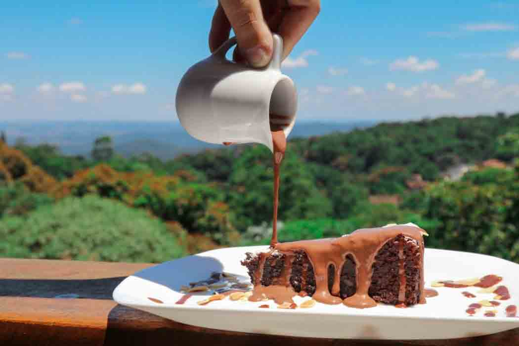 Torta Caprese com crema di cioccolato belga, do Espaço Gastronômico Frutta e Crema (Foto: Divulgação)