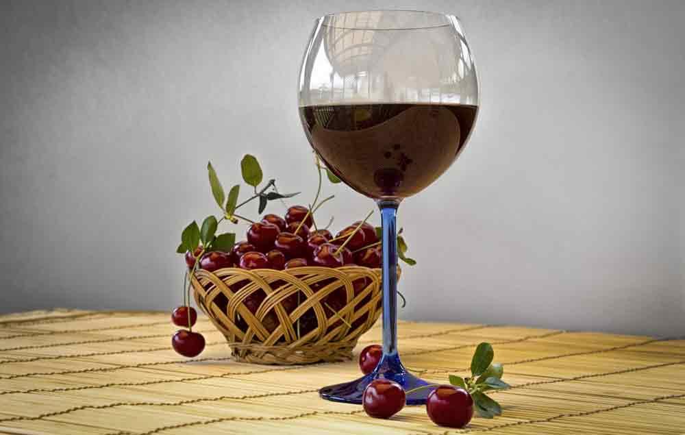 Vinhos à base de cerejas se expandiram pelo país (Foto: Reprodução/iStock)