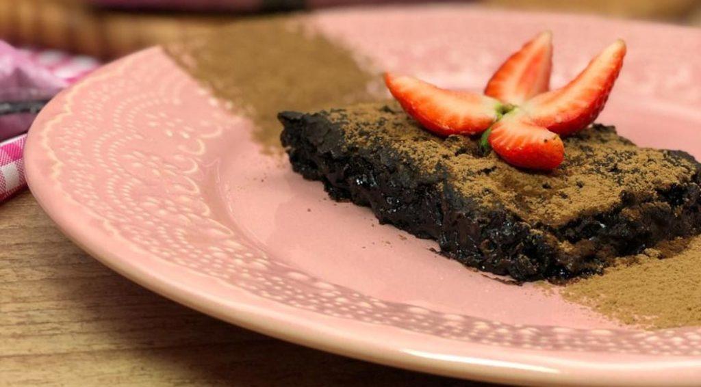 Brownie de feijão preto, por Pantera Alimentos