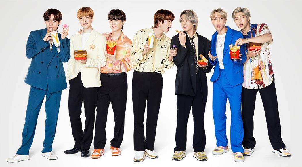 McDonald's lança combo e acessórios da banda BTS no BrasilMcDonald's lança combo e acessórios da banda BTS no Brasil