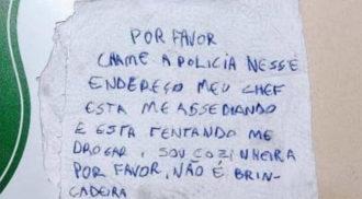 Cozinheira escreve pedido de socorro em guardanapo para fugir de assédio