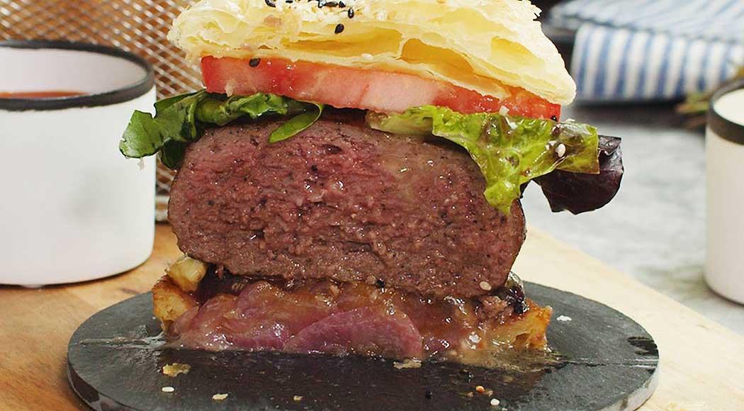 Faça em casa receita de hambúrguer gigante de Gordon Ramsay