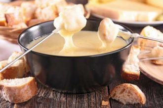 "Receita de fondue ""imperfeito"" de queijo para o Dia dos Namorados"