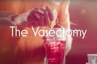 """Ryan Reynolds cria drinque chamado """"vasectomia"""" em homenagem ao Dia dos Pais"""